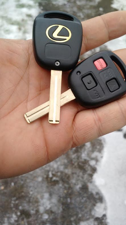 Lexus Key Replacement  for a broken key: Auto Locksmith Portland