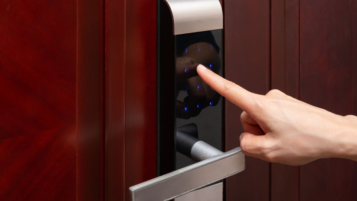 6 Home Security Tips for This Summer